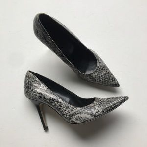 Marc Fisher Snake Print Heel Spike Point Toe